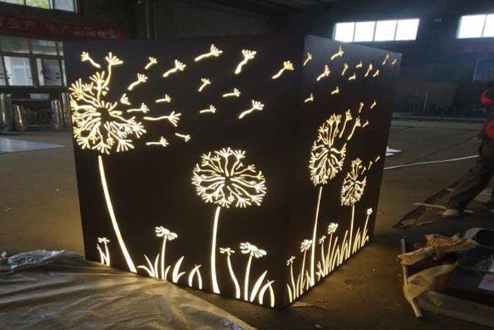 公园耐候钢板发光灯箱